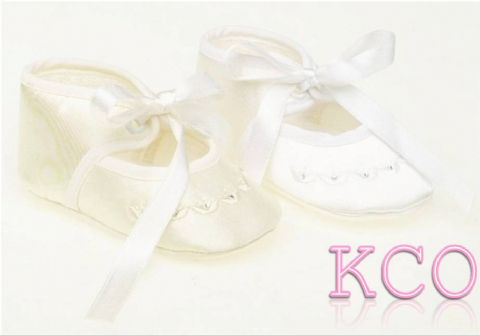 Style FJS006 Ivory~Girls Shoes